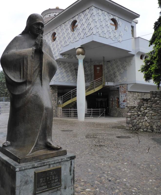 Sculpture of Mother Teresa.