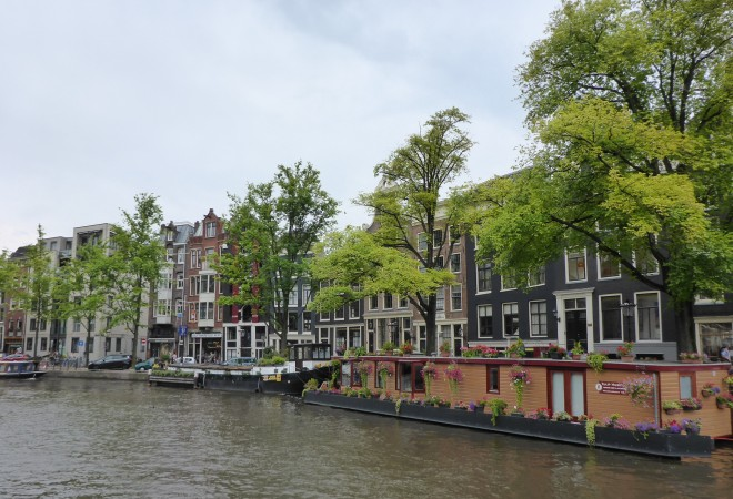 Amsterdam canals1