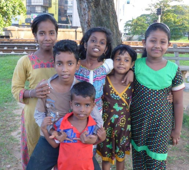 Local kids in Colombo