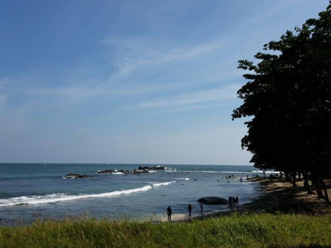 The beach along the east side of Galle fort.