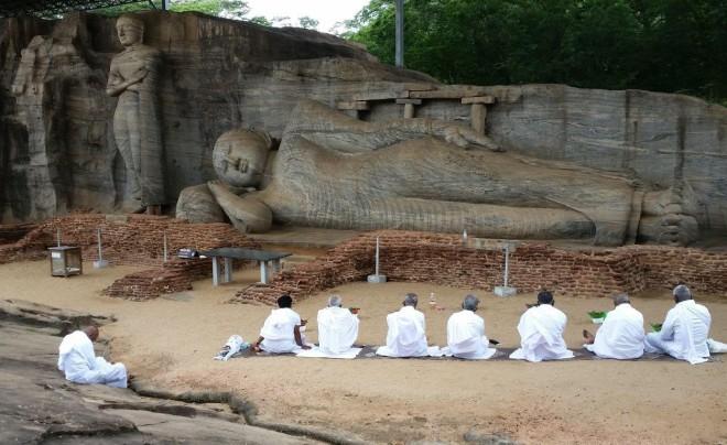 Gal Viharaya in Polonnaruwa 1