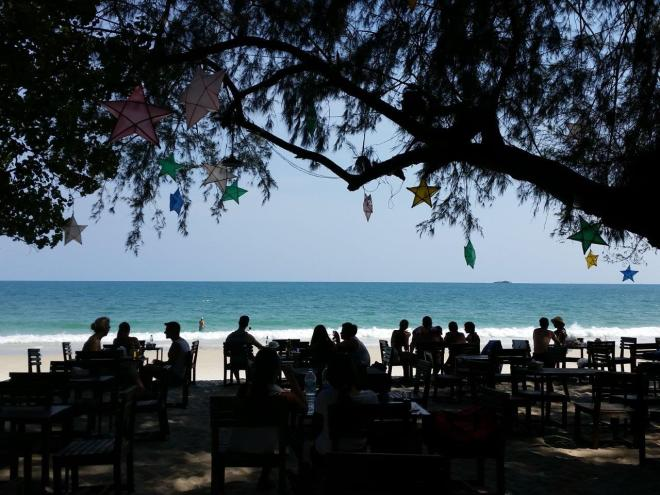 Enjoying the great atmosphere at Jep's on Koh Samet