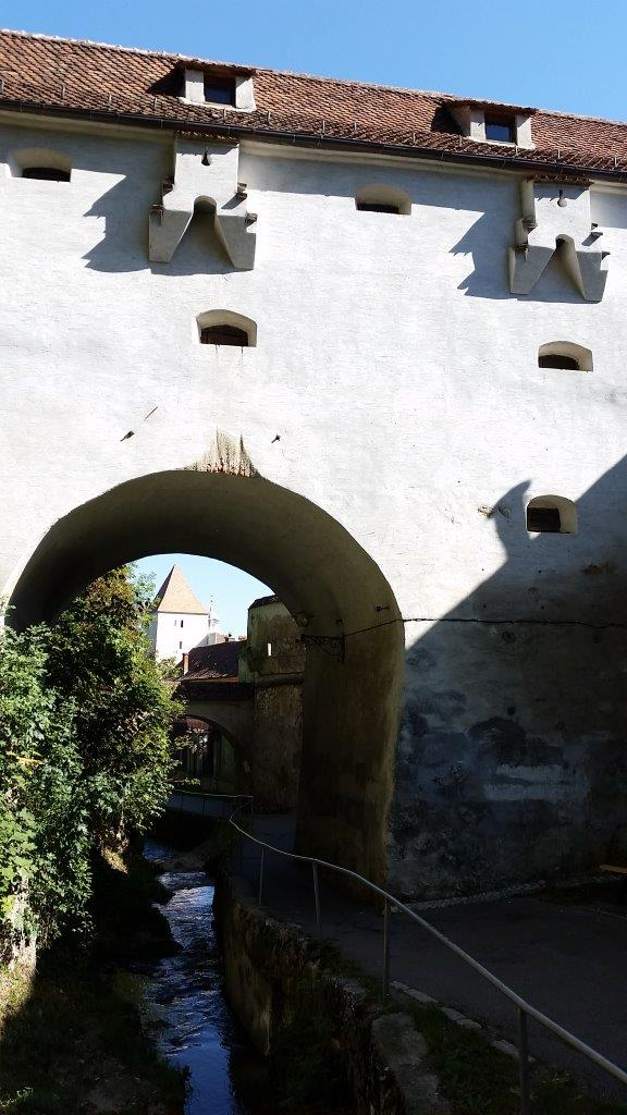 """The end of Dupa Ziduri, or """"the alley behind the walls"""""""