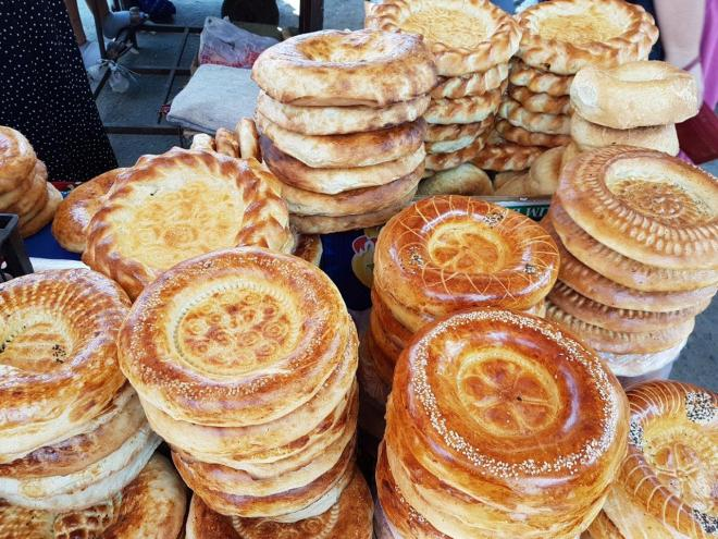 Lepeshka - traditional bread. Osh Bazaar. Food tour in Bishkek, Kyrgyzstan